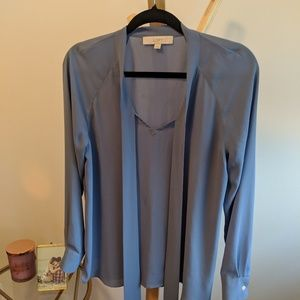 ❤️ 5 for 25 ❤️ beuatiful blue blouse